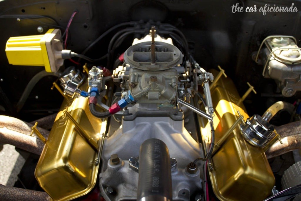 Chevrolet 327 small-block V-8