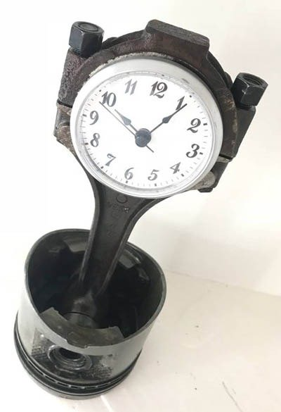 Ben's Automotive Decor piston clock