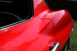 Chevrolet Corvette C2 rear quarter detail
