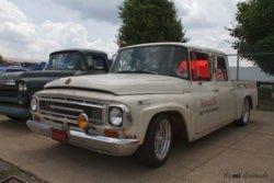 International 1100 truck