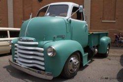 Chevrolet 5700 truck